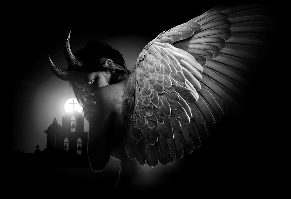 Черно белые картинки ангелов мужчин